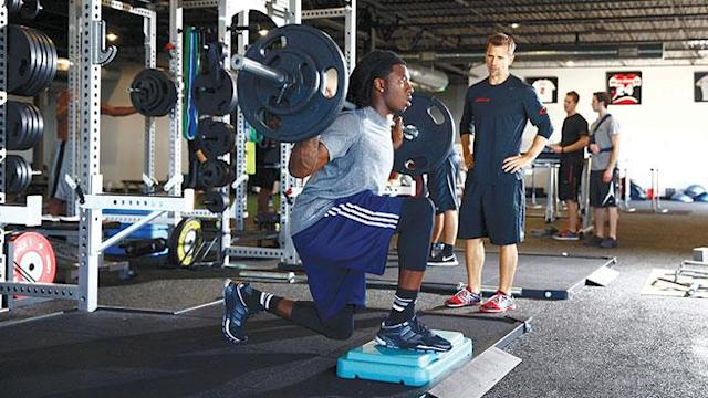 Barbell Box Lunge