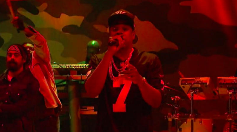 Jay-Z Honors Colin Kaepernick On 'Saturday Night Live'