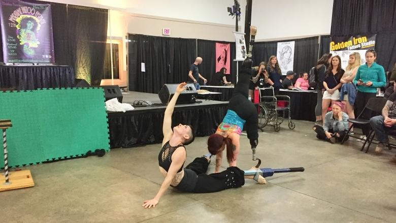 Acrobat who lost legs shares grief, hope in performance