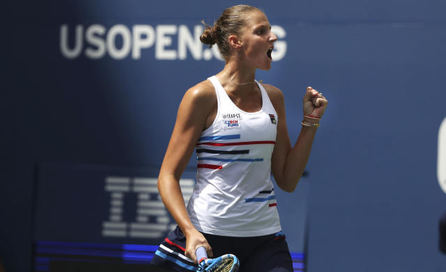 Karolina Pliskova, of the Czech Republic, pumps her fist after wining a point against Johanna Konta, of the United Kingdom, during round four of the US Open tennis championships Sunday, Sept. 1, 2019, in New York. (AP Photo/Kevin Hagen)