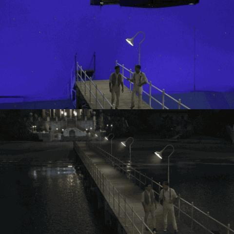 <b>The Great Gatsby</b> The Dock at Gatsby's mansion has a symbolic importance in the film, the point from which Gatsby stares out at the green light of Daisy's mansion across the bay. The CGI is so convincing it is hard to imagine that Gatsby's mansion, the water and most of the dock itself are all conjured up by computer!
