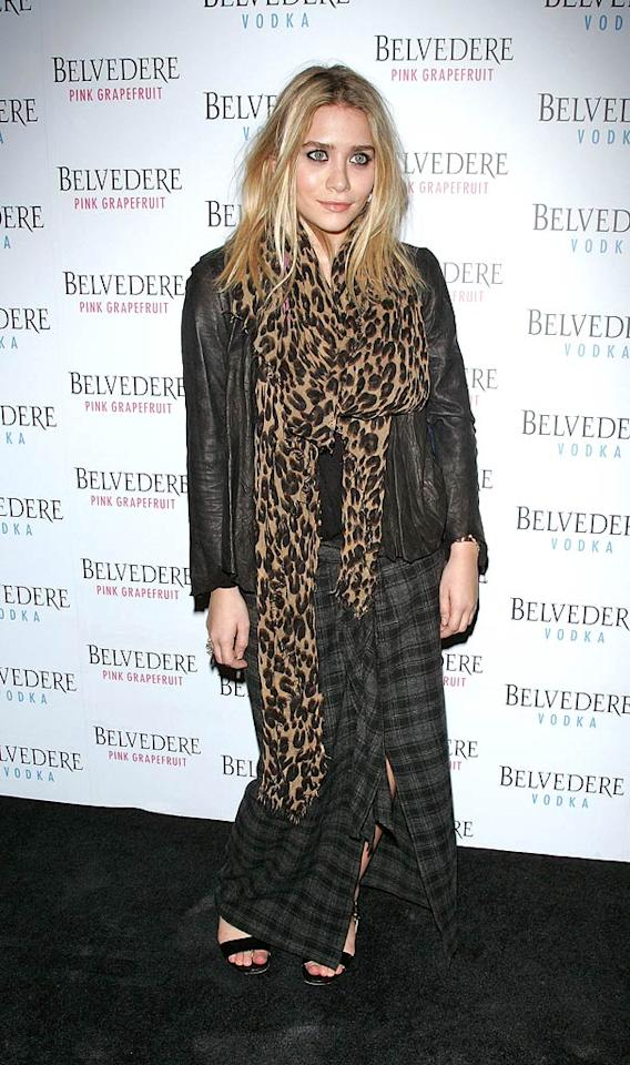 "Her twin, Ashley, didn't look much better at the Belvedere Pink Grapefruit launch party in a body-swallowing scarf, frumpy plaid skirt, and raccoon-like eye makeup. Jim Spellman/<a href=""http://www.wireimage.com"" target=""new"">WireImage.com</a> - May 13, 2010"