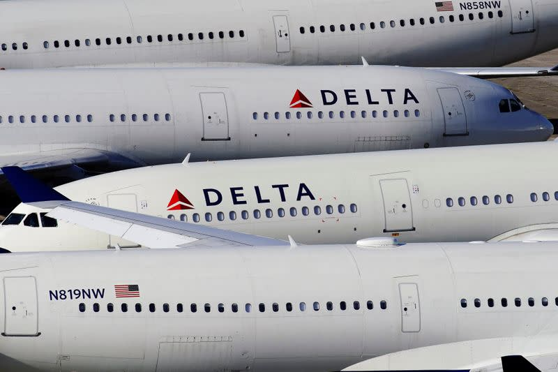 U.S., China to each allow four weekly flights for airlines; Delta to fly next week