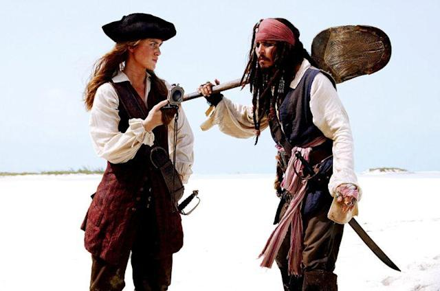 Keira Knightley and Johnny Depp in 'Pirates of the Caribbean: Dead Man's Chest' (Photo: Everett) <br>