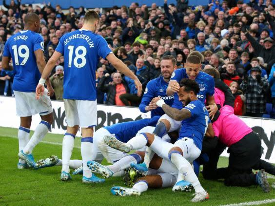 Everton celebrate Dominic Calvert-Lewin's first goal against Chelsea (Getty)
