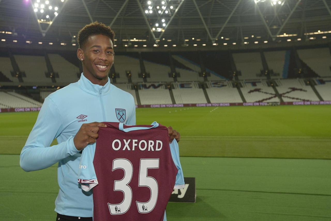 Reece Oxford exit leaves 'The Academy' in limbo as West Ham mimic Chelsea