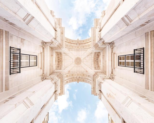 <p>The Arc of Triomphe in Lisbon. (Photo: Loic Lagard/Caters News) </p>