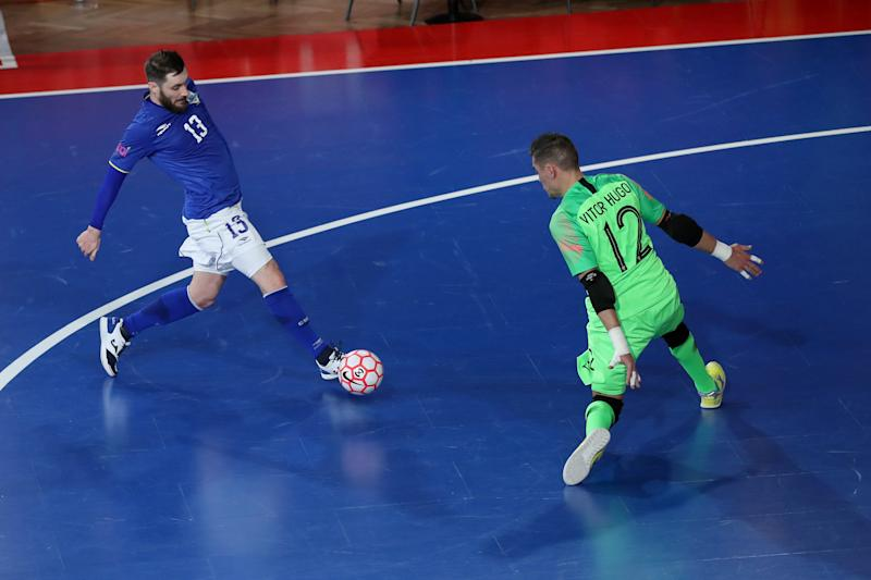 Gadeia of Brazil (L) vies with Vitor Hugo of Portugal during the friendly Futsal match Portugal vs Brazil, in preparation for the qualifying round of the Lithuania 2020 World Championship, at Luz Pavilion in Lisbon, Portugal on February 1, 2019. ( Photo by Pedro Fiúza/NurPhoto via Getty Images)