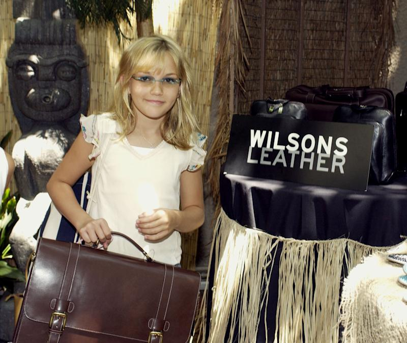 Jamie Lynn Spears at the Wilsons Leather booth. during The 2002 Teen Choice Awards - Backstage Creations Talent Retreat - Day 1 at Universal Amphitheatre in Universal City, California, United States. (Photo by L. Cohen/WireImage)