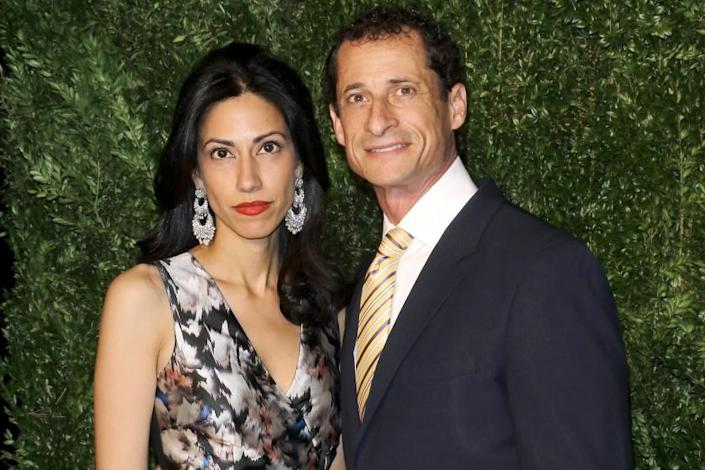 Huma Abedin and former Anthony Weiner attend the CFDA/Vogue Fashion Fund Awards in New York in 2015.