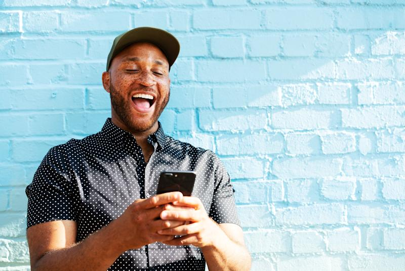 """It literally takes less than 30 seconds to text """"Hey, how's it going?"""" to a friend. (Photo: Tim Robberts via Getty Images)"""
