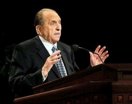 FILE PHOTO: President of the Church of Jesus Christ of Latter-day Saints, Thomas Monson gives a talk at the fourth session of the 181st Semiannual General Conference  in Salt Lake City, Utah October 2, 2011. REUTERS/George Frey/File Photo