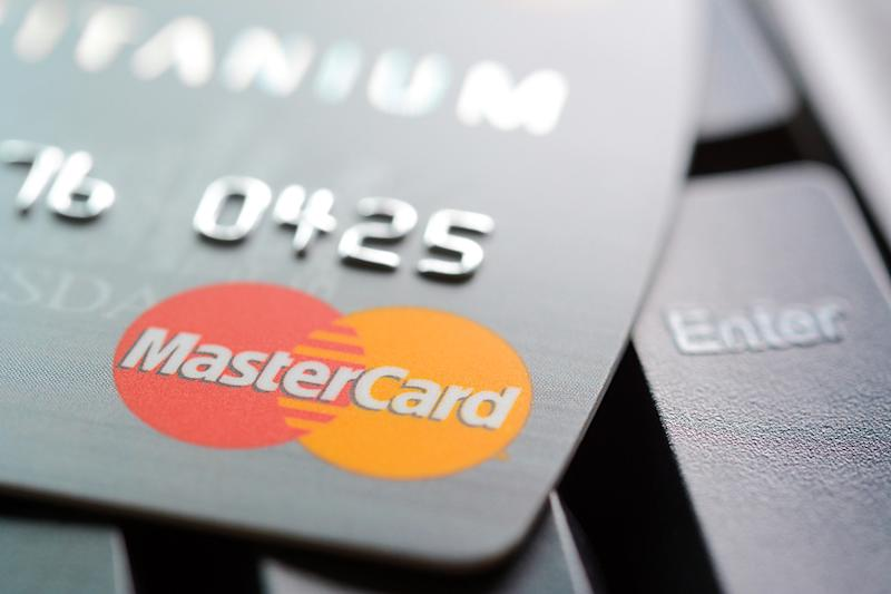 Mastercard (MA) Q1 Earnings and Revenues Beat Estimates
