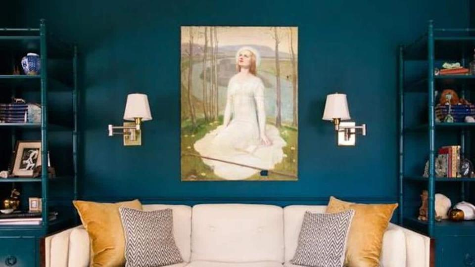 Interesting ways to give your walls a classy makeover