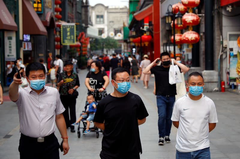 China reports 31 new COVID-19 cases in mainland, vs 37 day earlier
