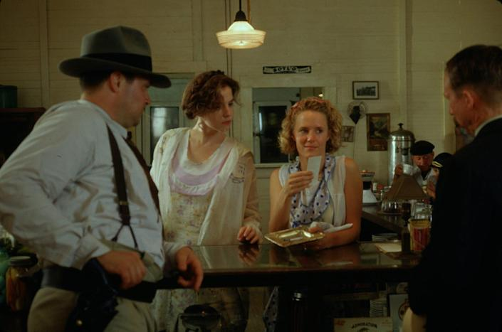 Mary Stuart Masterson and Mary Louise Parker on Set of Fried Green Tomatoes