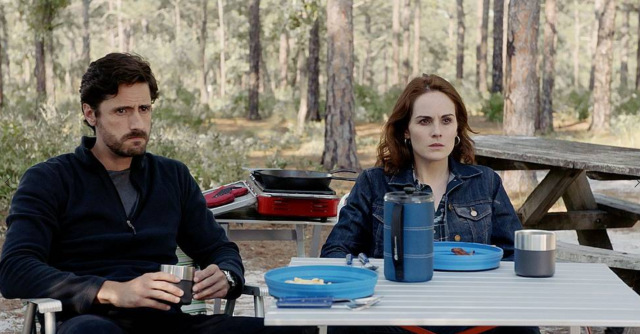 Juan Diego Botto as Javier and Michelle Dockery as Letty in <em>Good Behavior</em>. (Photo: TNT)