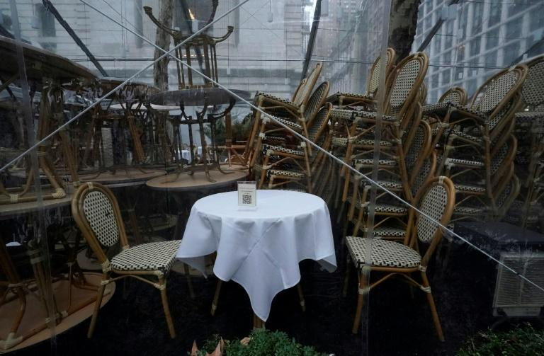 Restaurants in New York were forced to halt outdoor dining on December 16, 2020 due to a snowstorm