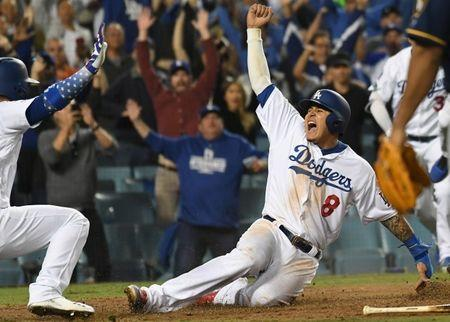 FILE PHOTO: MLB: NLCS-Milwaukee Brewers at Los Angeles Dodgers