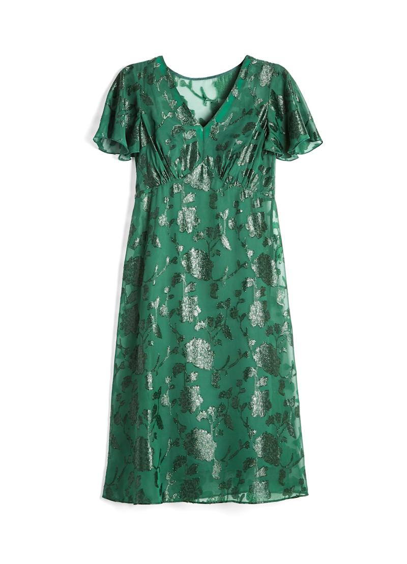 56b43049184 This size-inclusive Modcloth x Anna Sui collab is a dream for ...