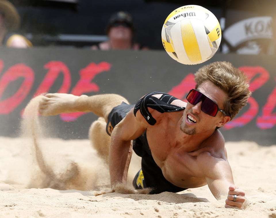 AUSTIN, TEXAS - May 19: Taylor Crabb dives for the ball during the AVP Austin Open Mens Final at Krieg Fields on May 19, 2019 in Austin, Texas. (Photo by Chris Covatta/Getty Images)