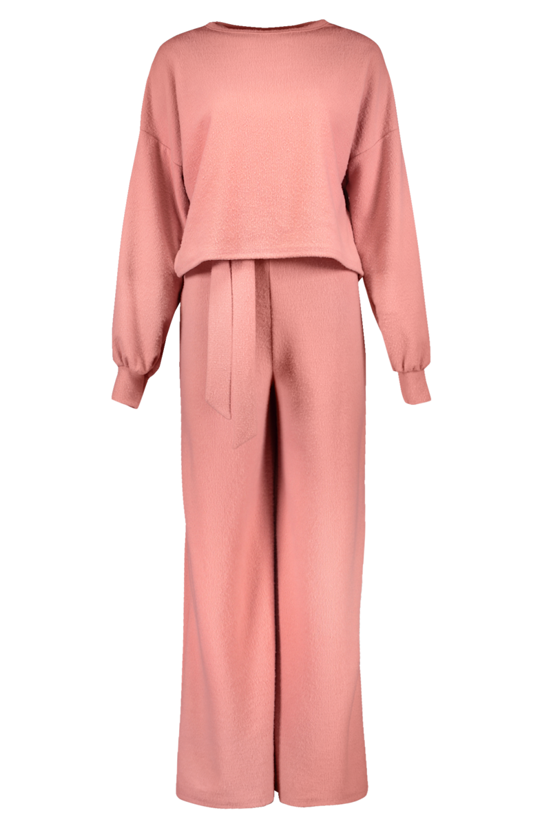 pink loungewear set from nasty gal