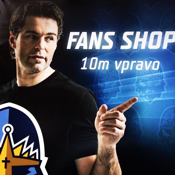 Jaromir Jagr points the way to NHL lockout solution. (#NickInEurope)