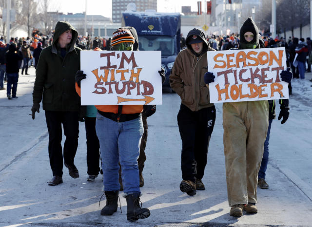 """Cleveland Browns fans participate in the """"Perfect Season"""" parade, Saturday, Jan. 6, 2018, in Cleveland. The Browns became the second team in NFL history to lose 16 games in a season. In joining the 2008 Detroit Lions in a shameful loser's club, the Browns have found a new low in what has been nearly two decades of disgrace since returning as an expansion franchise in 1999. (AP Photo/Tony Dejak)"""