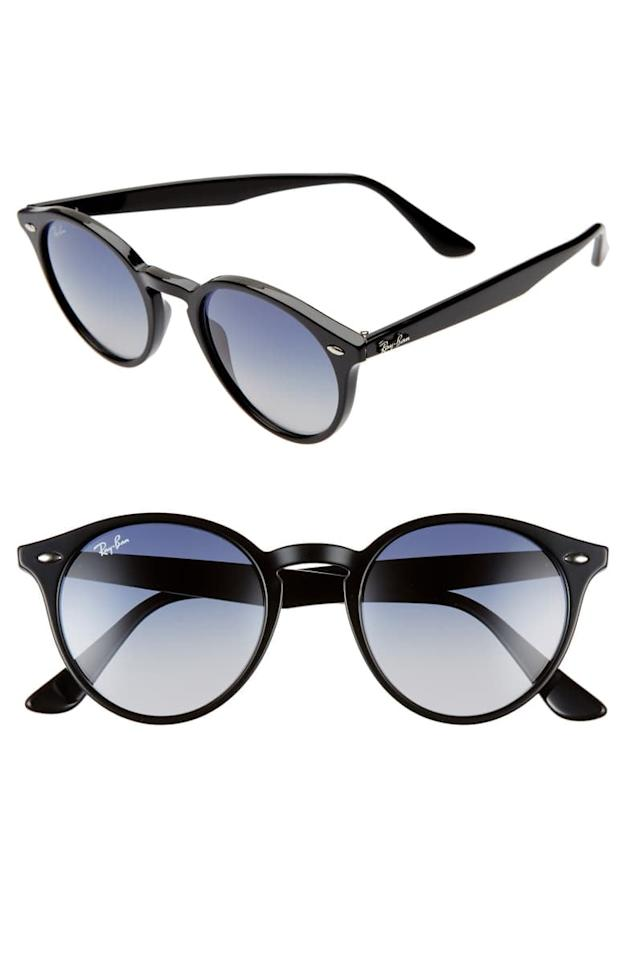 """<p><a href=""""https://www.popsugar.com/buy/Ray-Ban%20Highstreet%2049mm%20Round%20Sunglasses-470859?p_name=Ray-Ban%20Highstreet%2049mm%20Round%20Sunglasses&retailer=shop.nordstrom.com&price=105&evar1=fab%3Aus&evar9=46406098&evar98=https%3A%2F%2Fwww.popsugar.com%2Ffashion%2Fphoto-gallery%2F46406098%2Fimage%2F46406218%2FRay-Ban-Highstreet-49mm-Round-Sunglasses&list1=shopping%2Cnordstrom%2Csale%20shopping%2Caccesories%2Cnordstrom%20sale%2Cnordstrom%20anniversary%20sale&prop13=mobile&pdata=1"""" rel=""""nofollow"""" data-shoppable-link=""""1"""" target=""""_blank"""" class=""""ga-track"""" data-ga-category=""""Related"""" data-ga-label=""""https://shop.nordstrom.com/s/ray-ban-highstreet-49mm-round-sunglasses/5273907?origin=category-personalizedsort&amp;breadcrumb=Home%2FAnniversary%20Sale%2FWomen%2FHandbags%20%26%20Accessories&amp;color=black"""" data-ga-action=""""In-Line Links"""">Ray-Ban Highstreet 49mm Round Sunglasses</a> ($105, originally $158)</p>"""