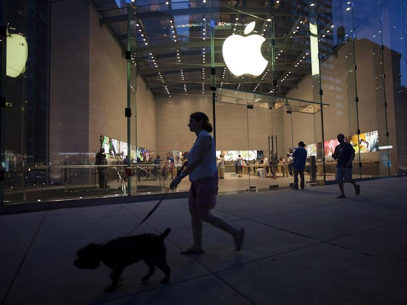 Apple Analysts Grow Reluctantly More Bullish Ahead of Earnings