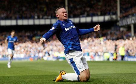 Football Soccer - Premier League - Everton vs Stoke City - Liverpool, Britain - August 12, 2017   Everton's Wayne Rooney celebrates scoring their first goal   Action Images via Reuters/Lee Smith