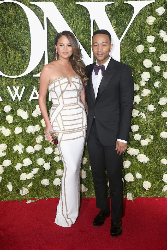 <p>The model and the musician are red-carpet stunners. (Photo: Getty Images) </p>