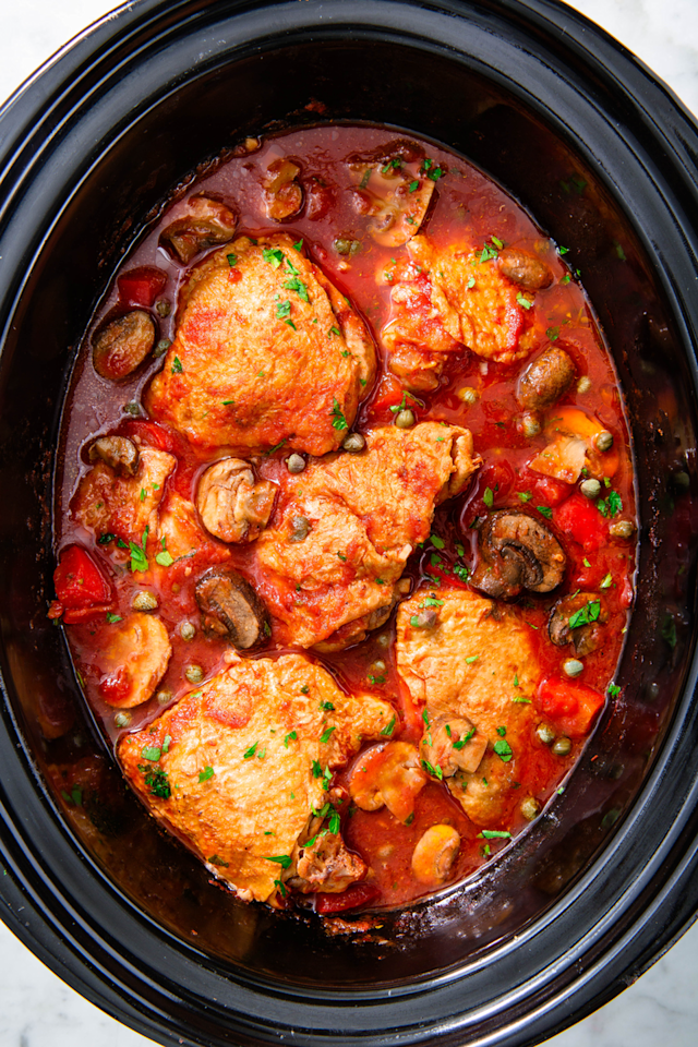 "<p>Major Italian chef vibes. </p><p>Get the recipe from <a href=""https://www.delish.com/cooking/recipe-ideas/a23106011/slow-cooker-chicken-cacciatore-recipe/"" target=""_blank"">Delish</a>. </p>"