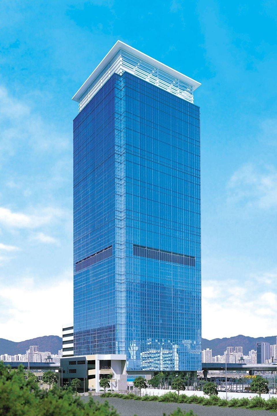 The Government Property Agency has leased 100,000 sq ft of office space at Skyline Tower to accommodate the back up offices of a few government departments. Photo: SCMP
