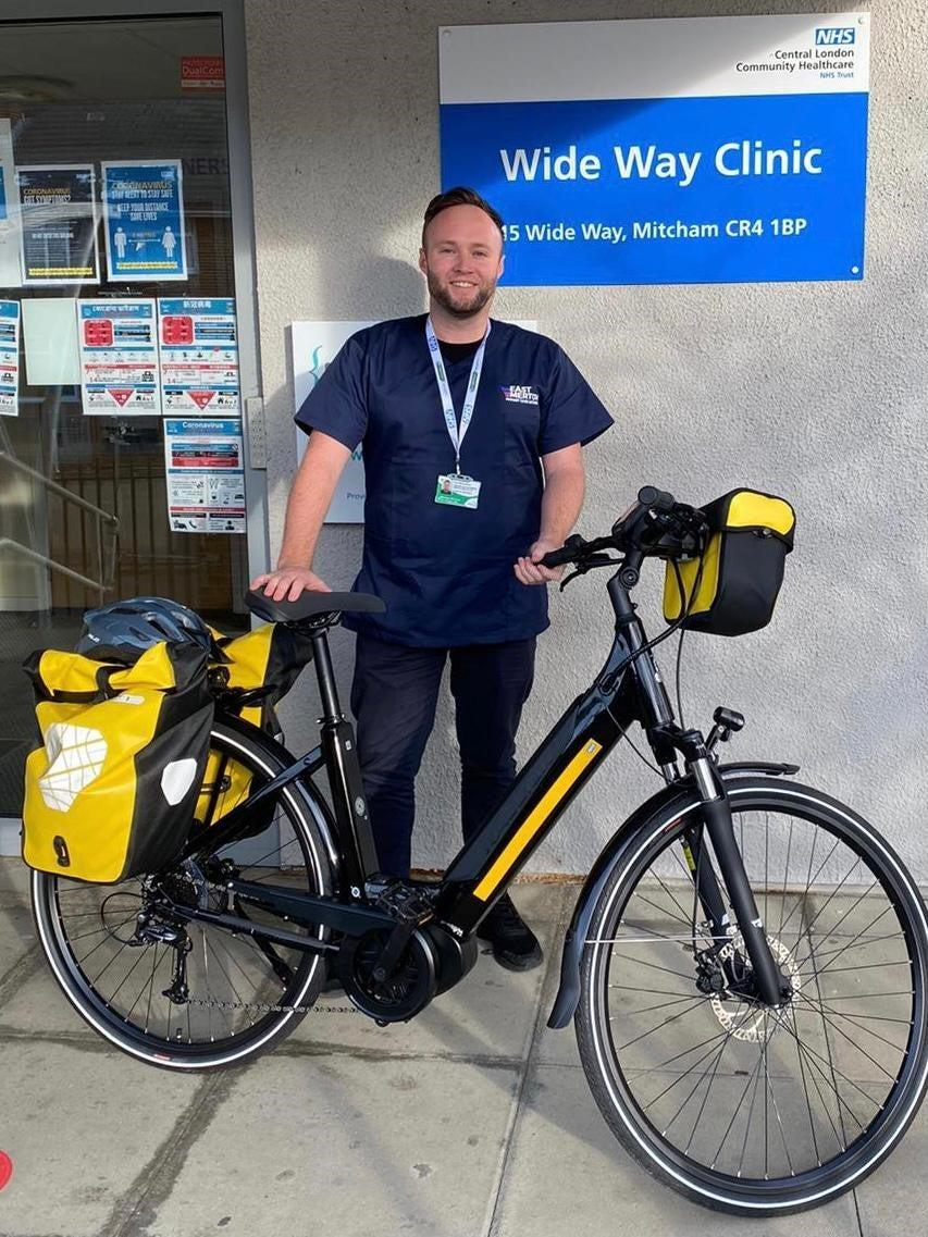 <p>Power to his pedals: LAS paramedic Tom Baverstock with an e-bike</p>LAS