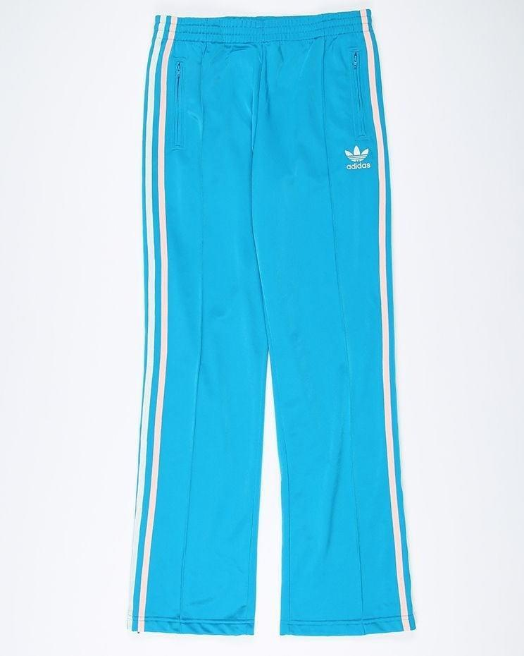 "<br><br><strong>Adidas</strong> Trefoil Track Pants, $, available at <a href=""https://www.rokit.co.uk/vintage-adidas-originals-trefoil-track-pants-w28-l31"" rel=""nofollow noopener"" target=""_blank"" data-ylk=""slk:Rokit"" class=""link rapid-noclick-resp"">Rokit</a>"