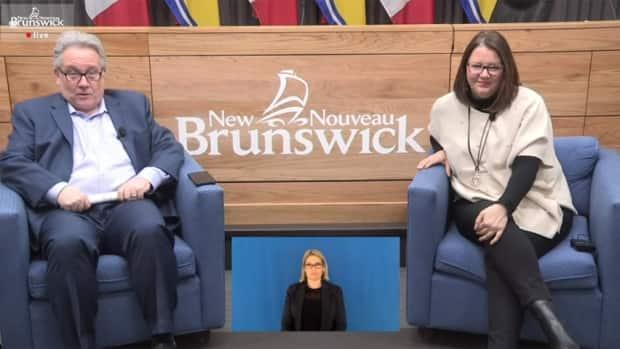 Department of Health spokerspon Bruce Macfarlane moderated the live Q&A session with Chief Medical Officer of Health Dr. Jennifer Russell in Fredericton and Dr. John Tobin virtually from the Edmundston region.