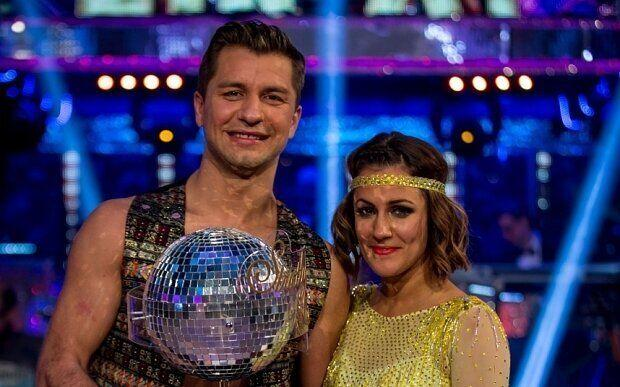 And then there was the most recent 'Strictly' winner, Caroline Flack, who took part in the competition less than a year after leaving 'X Factor' spin-off show, 'Xtra Factor'. Apparently sensing her popularity was on the rise, Simon Cowell quickly signed her up to host the main show, alongside Olly Murs.