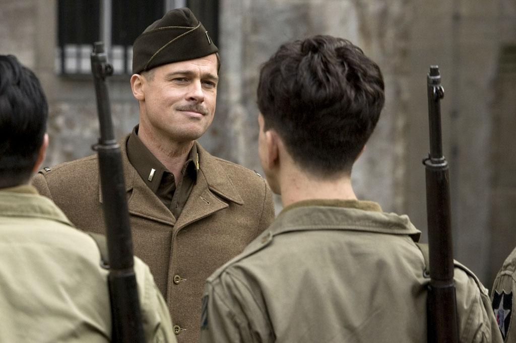 """8/21 - <a href=""""http://movies.yahoo.com/movie/1808404206/info"""">INGLORIOUS BASTERDS</a>   After tackling kung fu action and grindhouse horror, writer/director Quentin Tarantino goes to war with Brad Pitt leading a team of Nazi-hunters."""