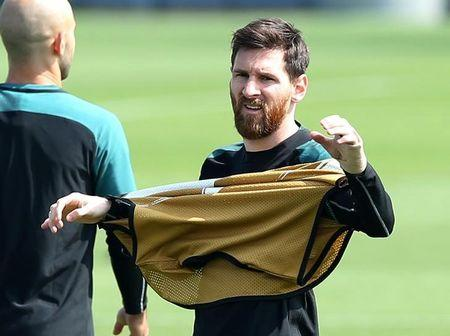 Barcelona training session - UEFA Champions League Quarterfinal