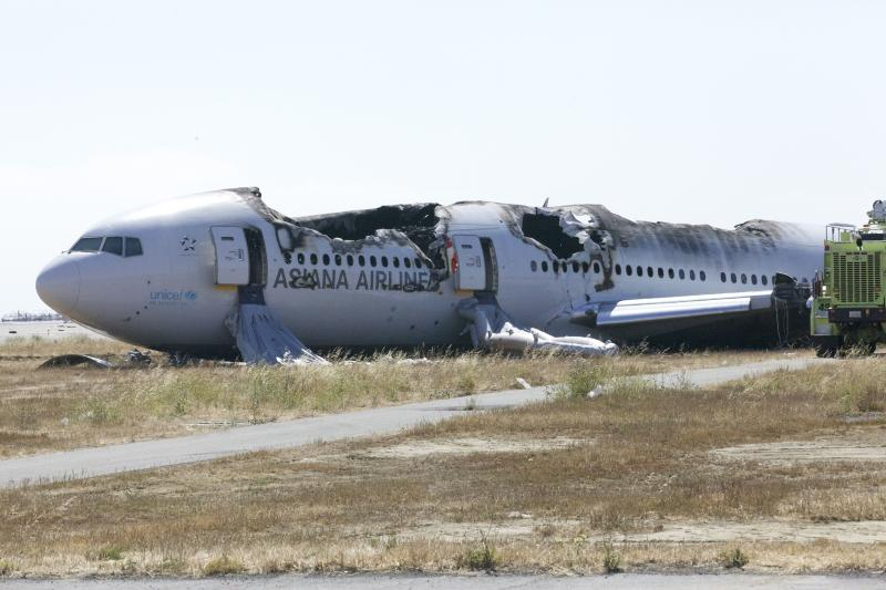 Officials probe why crashed SF jet flew too slow