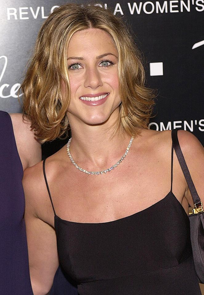 383127 10: Actress Jennifer Aniston arrives at the 10th Annual Fire & Ice Ball December 11, 2000 at the Beverly Hilton in Beverly Hills, CA. (Photo by Chris Weeks/Liaison)
