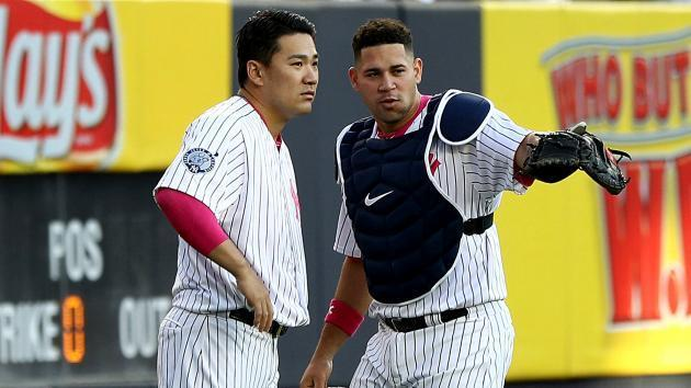 Foreign-born MLB players work to overcome language barrier: 'I need my English'