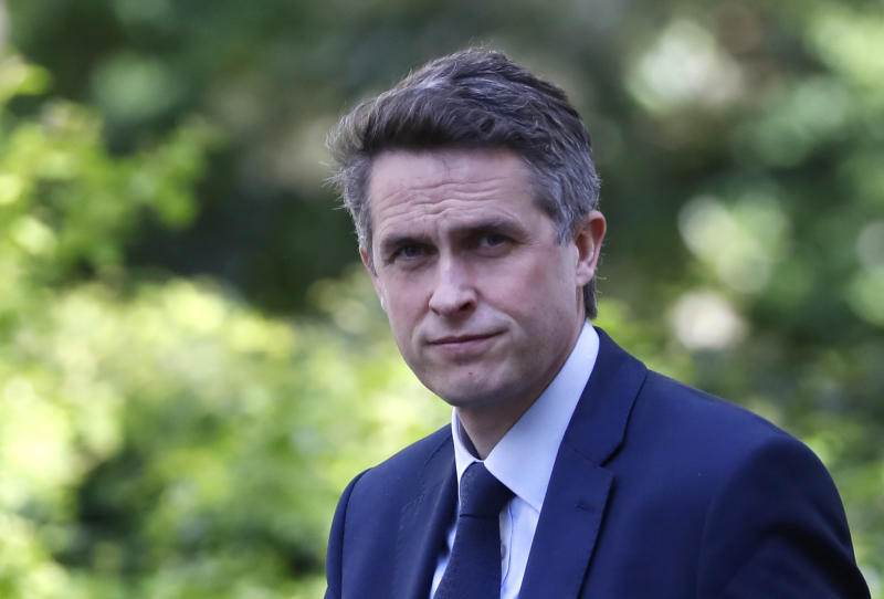 "Britain's Education Secretary Gavin Williamson arrives in Downing Street in central London on May 1, 2020. - Britain is ""past the peak"" of its coronavirus outbreak, Prime Minister Boris Johnson said Thursday, despite recording another 674 deaths in the last 24 hours, taking the toll to 26,711. (Photo by Tolga AKMEN / AFP) (Photo by TOLGA AKMEN/AFP via Getty Images)"