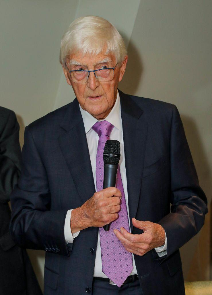 Sir Michael Parkinson has opened up about the side effects of his prostate cancer treatment [Photo: Getty]