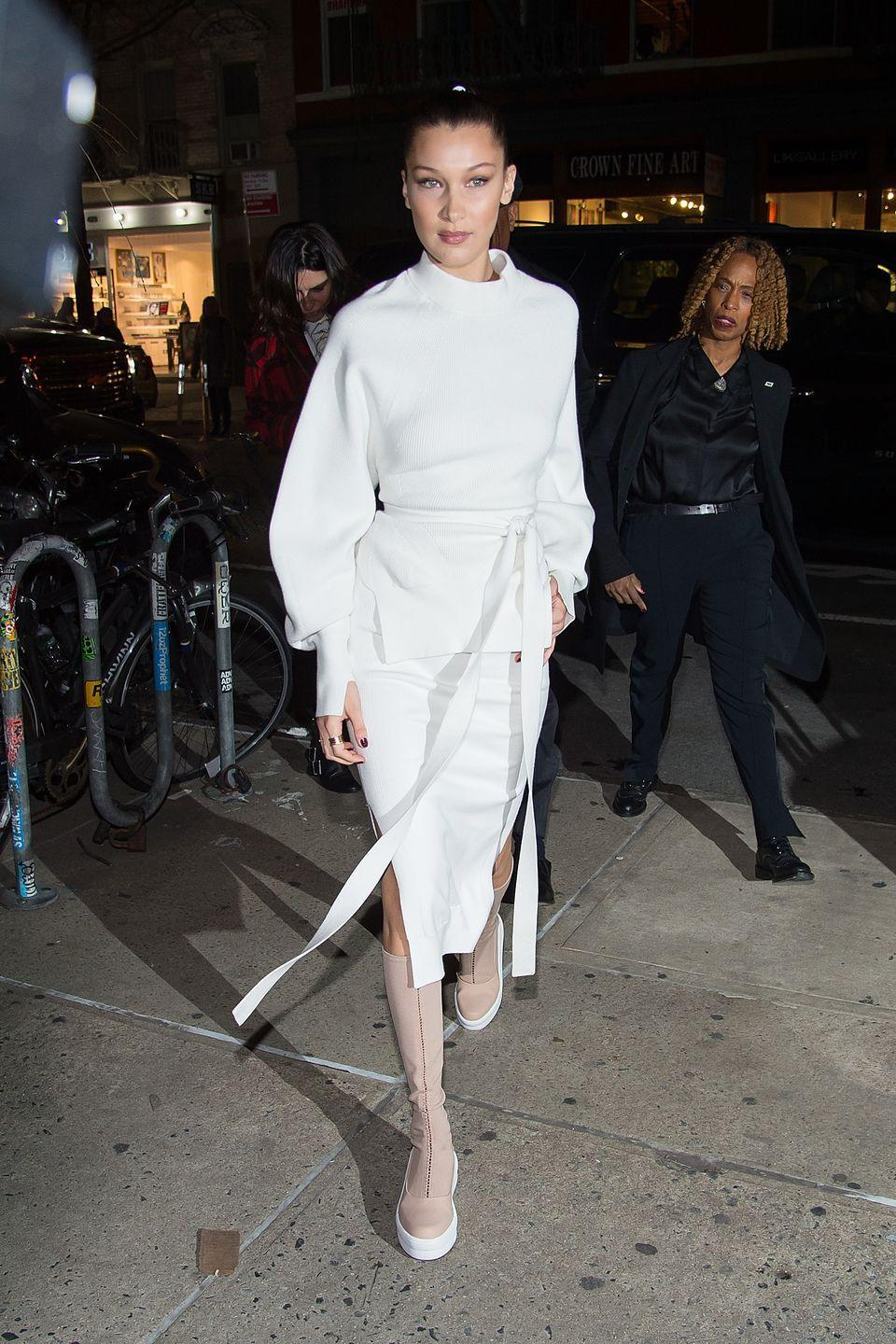 <p>Bella braved an all-white outfit for an outing in New York City, February 2017</p>