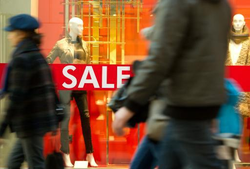 German retail sales rise in November