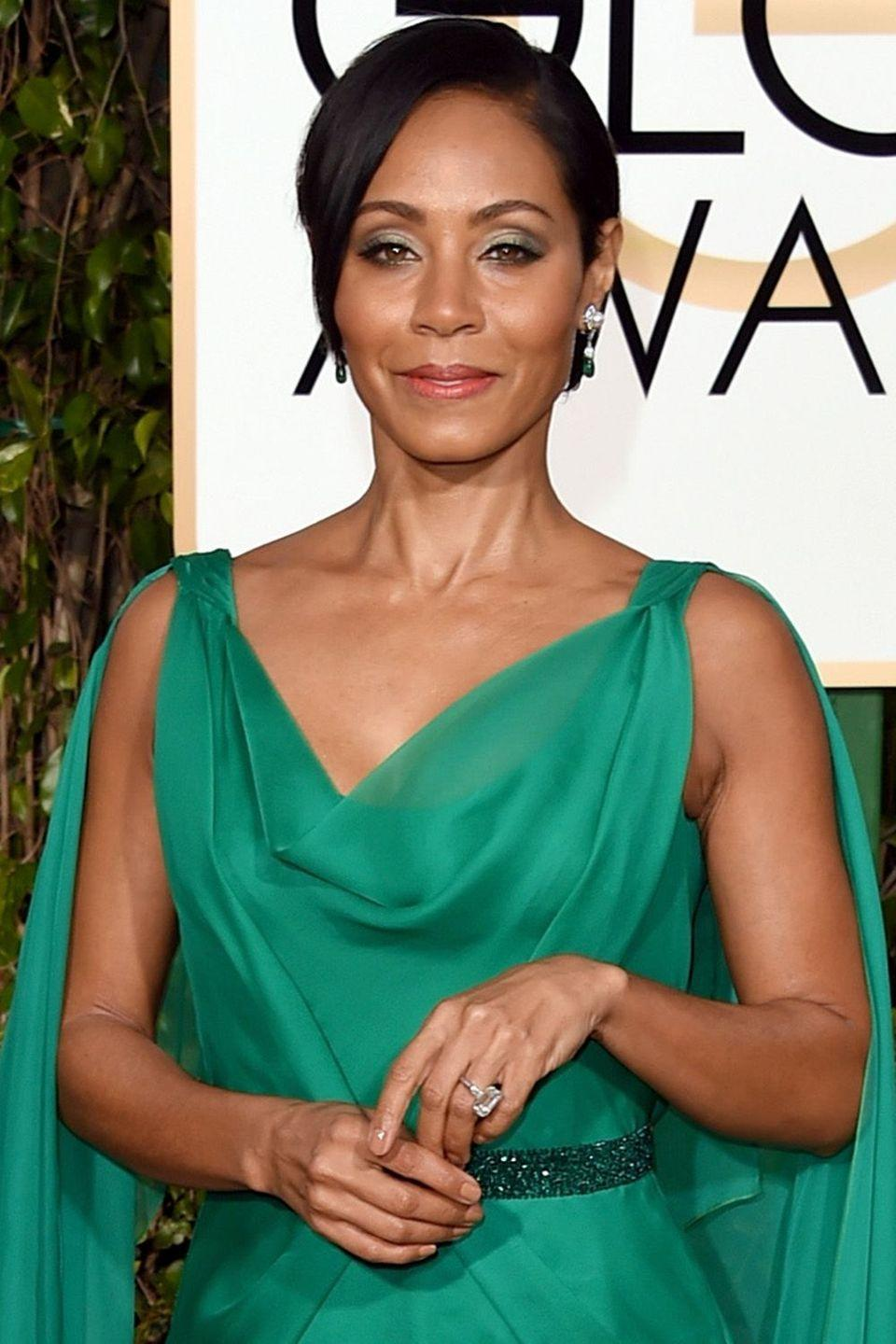 """<p>In a 2010 <a href=""""http://www.usmagazine.com/entertainment/news/25-things-you-dont-know-about-me-jada-pinkett-smith-201048http://www.usmagazine.com/entertainment/news/25-things-you-dont-know-about-me-jada-pinkett-smith-201048"""" rel=""""nofollow noopener"""" target=""""_blank"""" data-ylk=""""slk:Us Weekly"""" class=""""link rapid-noclick-resp""""><em>Us Weekly</em></a> profile, the actor revealed 25 things the world wouldn't know about her, number five being that she hasn't consumed alcohol since the early 90s. </p>"""