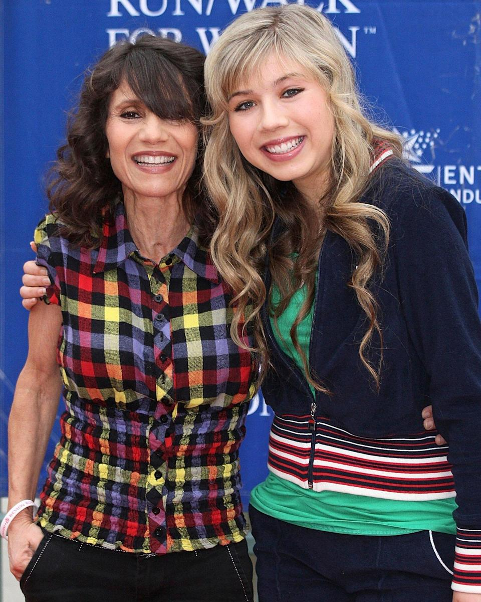 jennette mccurdy and mom
