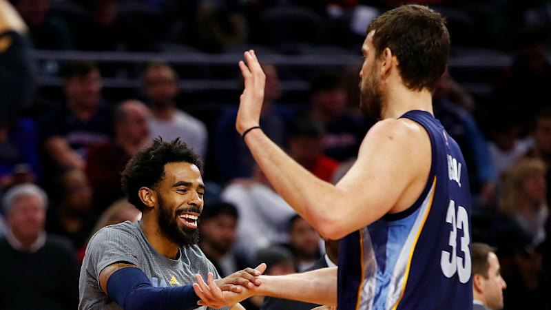 Grizzlies offers fond farewell to Gasol